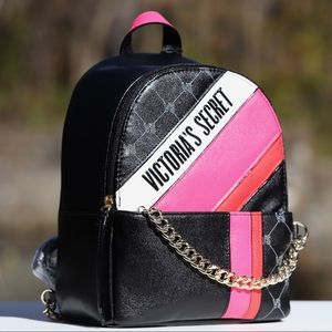 Victoria's Secret Bags - NEW Victoria's Secret City Chain Mini Backpack